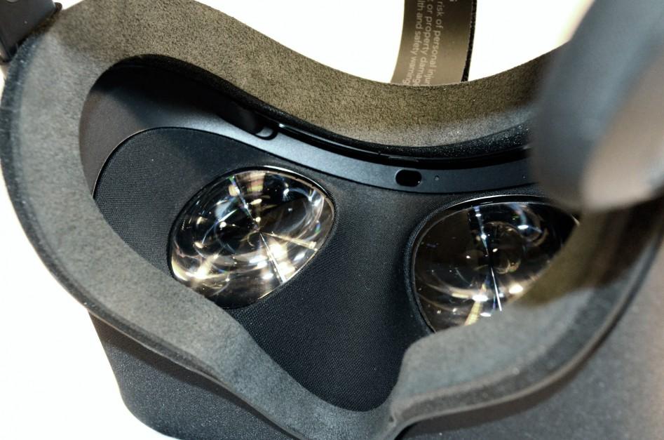 Линзы Oculus Rift CV1